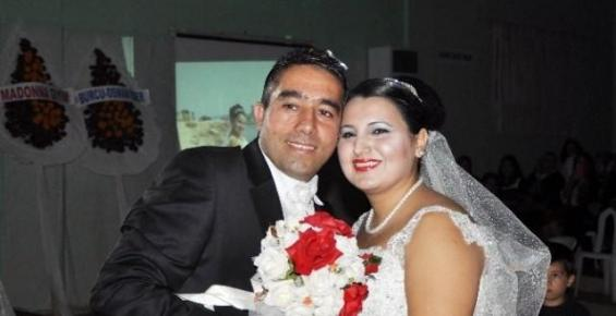 15 Yıl Sonra Yeniden Düğün Yaptılar