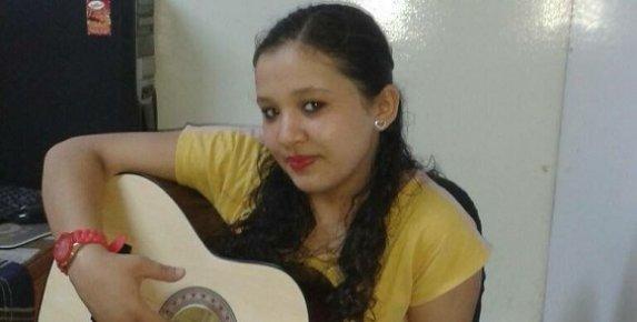 16 Yaşındaki Beyza Çöp Dökmek İçin Evden Ayrıldı 10 Gündür Kayıp