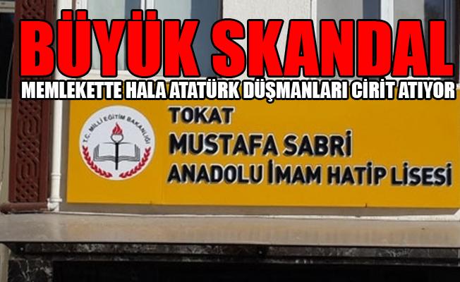 Atatürk'e Ölüm Fetvası Çıkaran Şeyhülislamın Adı Okula Verildi
