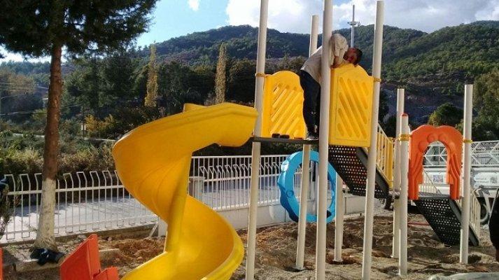 Büyükşehir'den Mehmet Öğretmene Anlamı Hediye