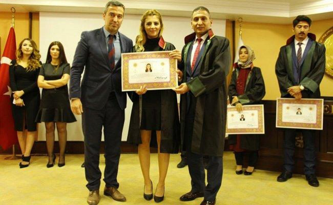 Mersin Barosu'nda Genç Avukatların Ruhsat Heyecanı