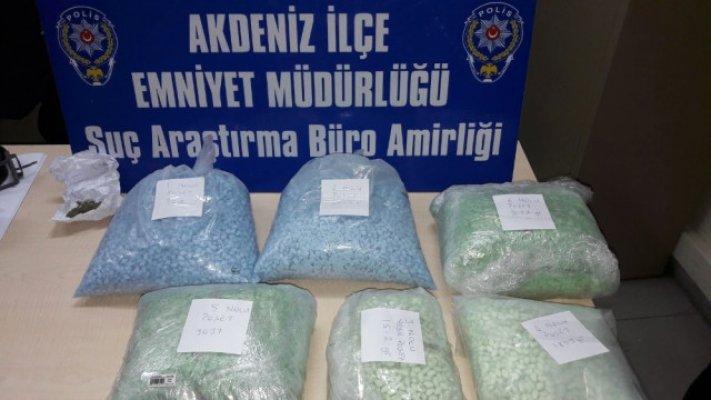 Mersin'de 15 Kilo Uyuşturucu Operasyonu