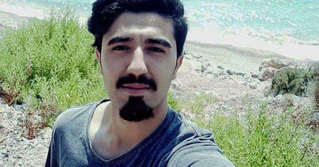 Mersin'de Sevgilisine Kızan 21 Yaşındaki Genç Av Tüfeği İle İntihar Etti.