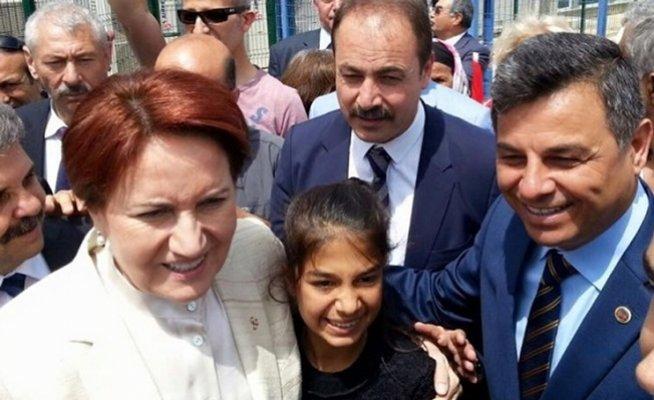MHP'li Belediye Başkanları İyi Partiye Katıldı