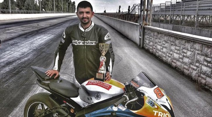Motosikletler TIR'a Çarptı: 2 ölü