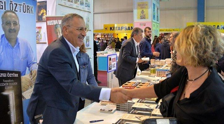 Mustafa Balbay ve Saygı Öztürk, Okuyucularıyla Buluştu
