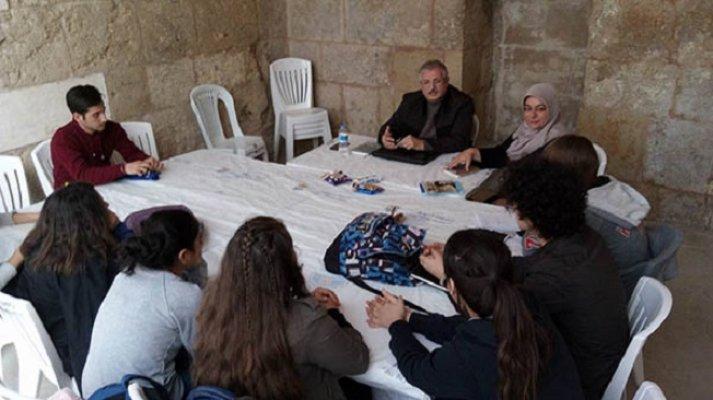 Yazar Tuna'dan Edebiyat Dersleri