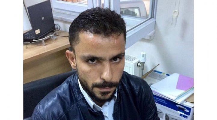Mersin'de Kendini Polis ve Savcı Diye Tanıtan Suriyeli Dolandırıcı Yakayı Eleverdi.