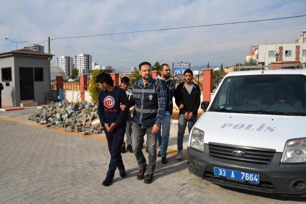 Mersin'de Sahte Altın Satan Suriyeliler Yakalandı