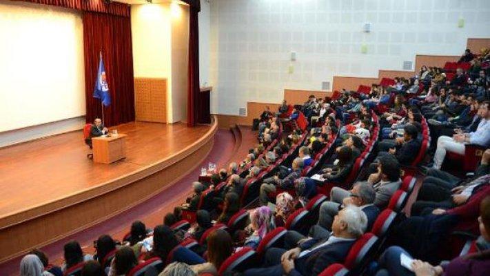 MEÜ'de Türkçe'de Kullanım Sorunları' Konuşuldu