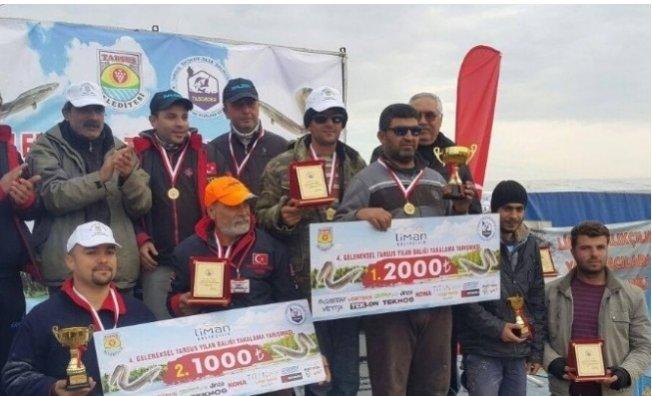 Tarsus'ta 'Yılan Balığı Yakalama Yarışması' Heyecanı