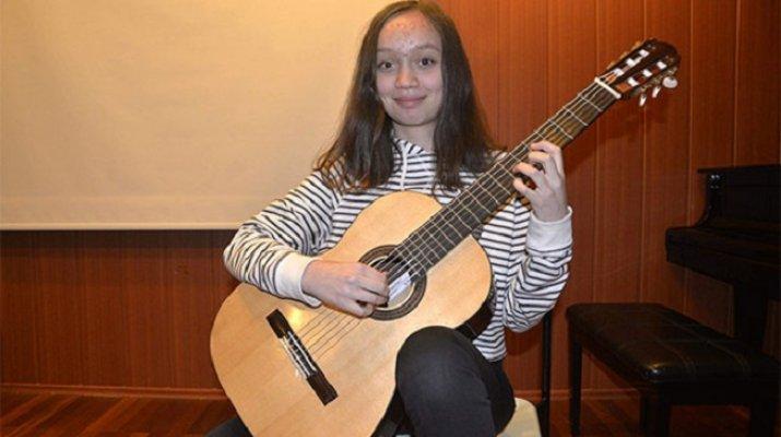 Geleceğin Gitaristi Bulgaristan'dan Ödülle Döndü