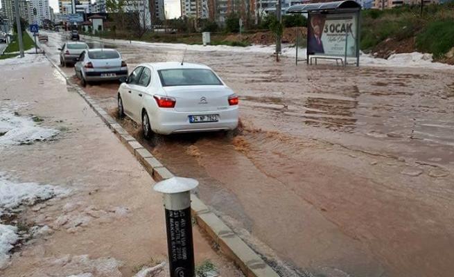 Mersin'de Baskın Yağışlar Korkuttu...Aman Dikkat Devamı Var