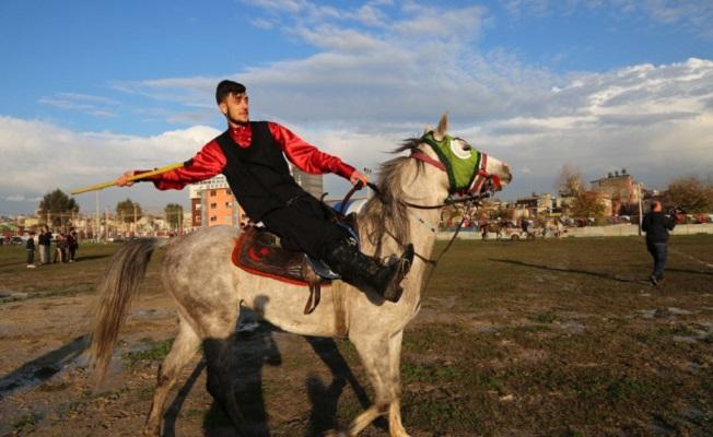 Mersin'de Nefes Kesen Cirit Gösterisi