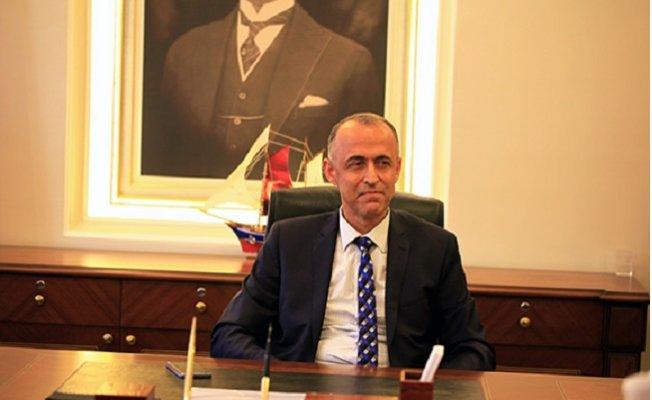 Akdeniz Belediyesi Eski Kayyum Başkanı Eşini Çankırı'da Müdür Yaptı.