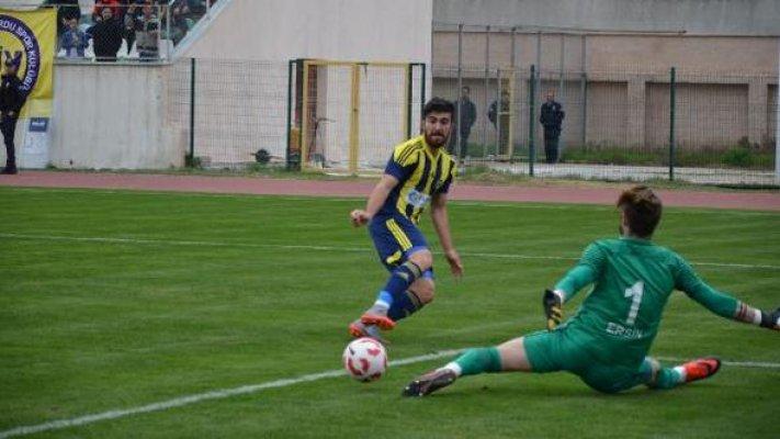 Tarsus İdmanyurdu - Utaş Uşakspor: 2 - 2