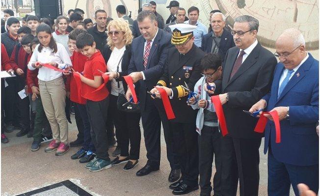 Altın Çağ'da Bilim Sergisi Açıldı.