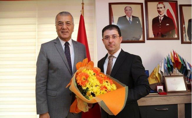 Başkan Tarhan'dan Siyasi Partilere Ziyaret