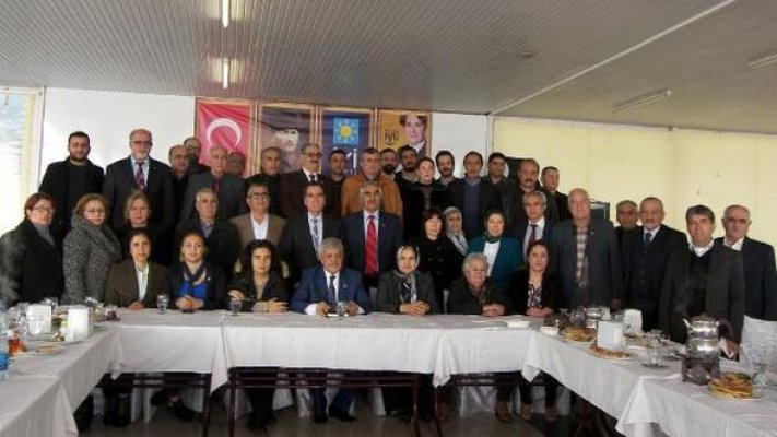 İYİ Parti İlçe Teşkilatı Tanıtıldı