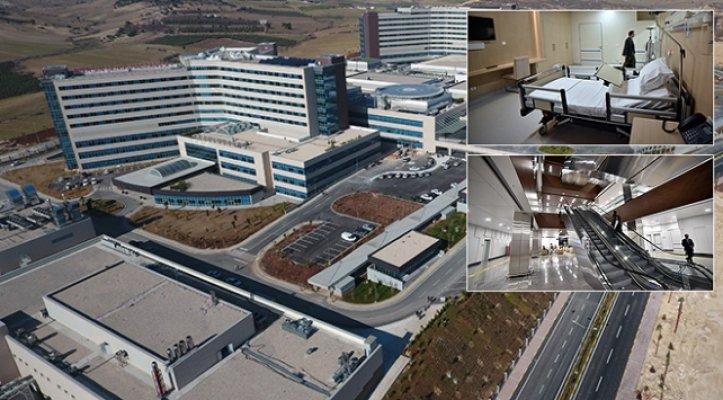 Mersin Şehir Hastanesi 2 Milyon 490 Bin Kişiye Hizmet Verdi