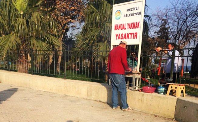 Mezitli'de Suriyeliler Parklarda Kural Tanımıyor