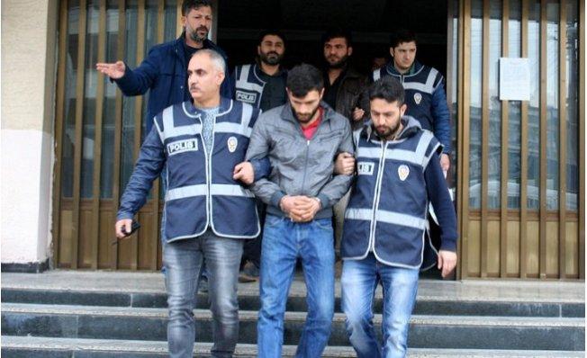 Tarsus'ta 2 Kişinin Öldüğü Soygun Girişimine 3 Tutuklama