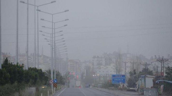 Anamur'u Toz Bulutu Sardı