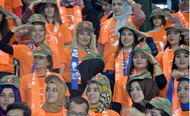 """Erdoğan; """"Mersinli Anneler Aslan Parçası Doğuruyor"""""""