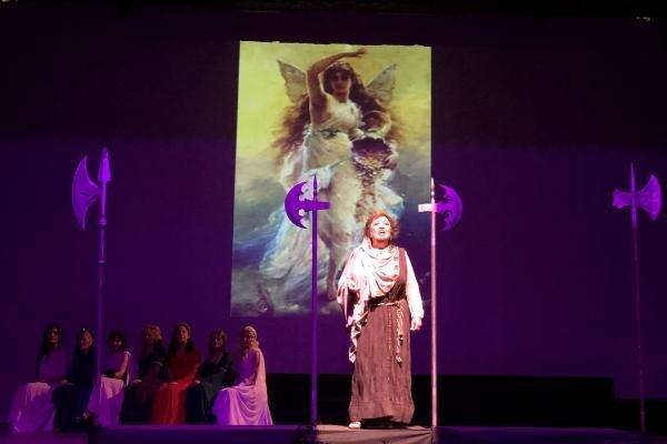 Kilikya'nın Kadınları Sahnelendi