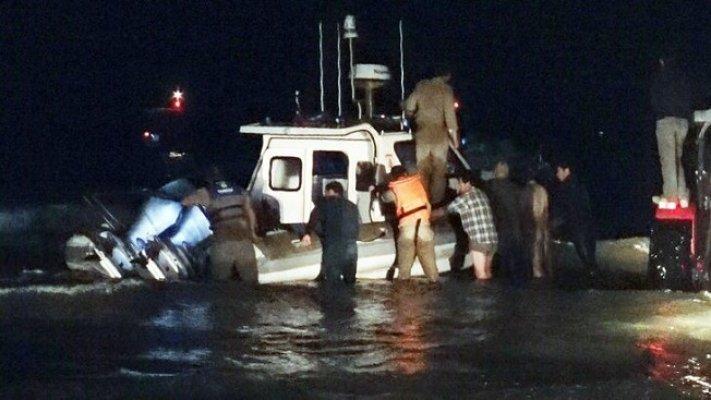 Mersin'de Sahil Güvenlik Botunu Köylüler ve Balıkçılar Kurtardı