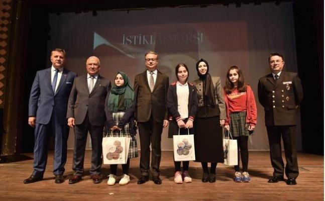 Mersin'de İstiklal Marşı'nın Kabulü ve Mehmet Akif Ersoy Anıldı