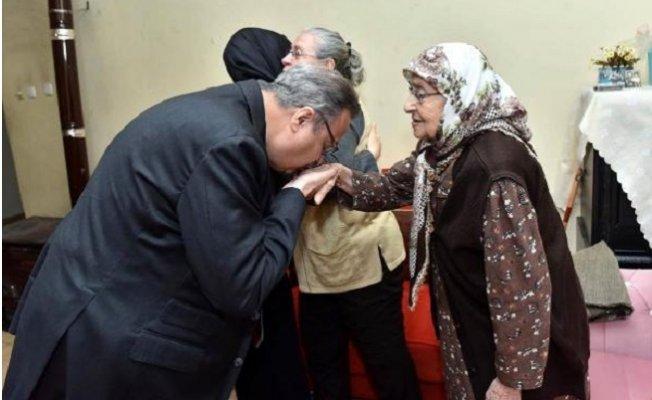 Mersin'de Şehit Ailelerine Ziyaret