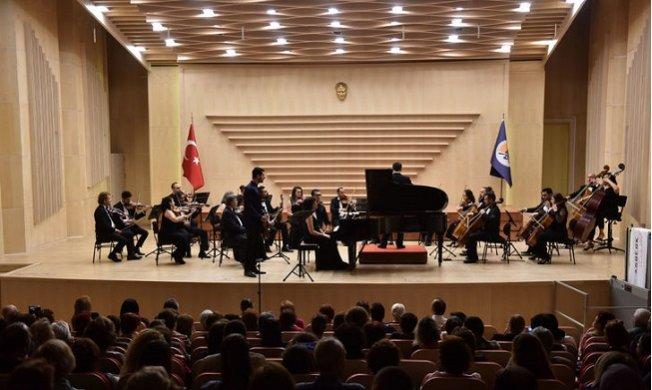 Adıyaman Filarmoni Orkestrası'ndan Müzik Şöleni