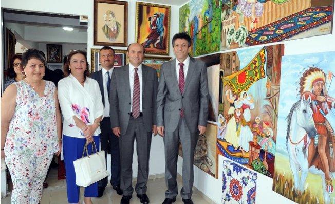 Erdemli'de Seramik ve El Sanatları Sergisi Açıldı