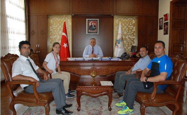 Kaymakam Cinbir Türkiye Üçüncüsünü Ağırladı
