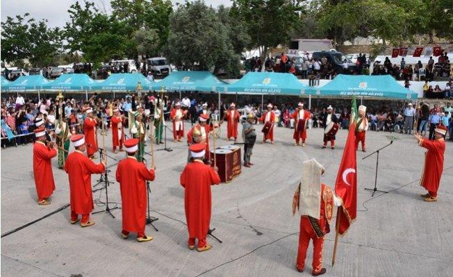 Tarsuslular Hıdırellez'i Eshab-ı Kehf'te Kutladı