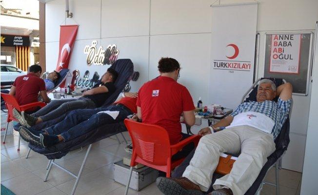 Erdemli'de Kan Bağışı Kampanyası