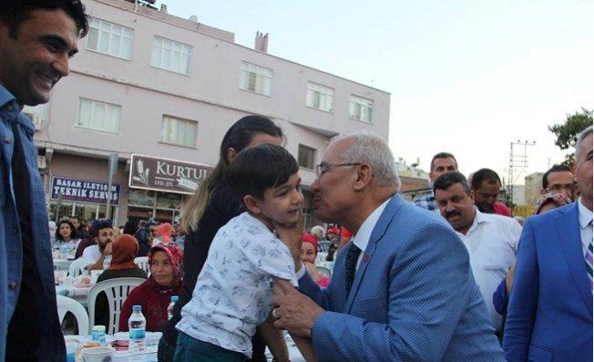 Mersin Büyükşehir Belediyesi'nden Mut'ta İftar Sofrası