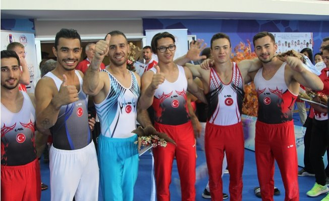 Artistik Cimanstik Dünya Kupası'nda 13 Madalya