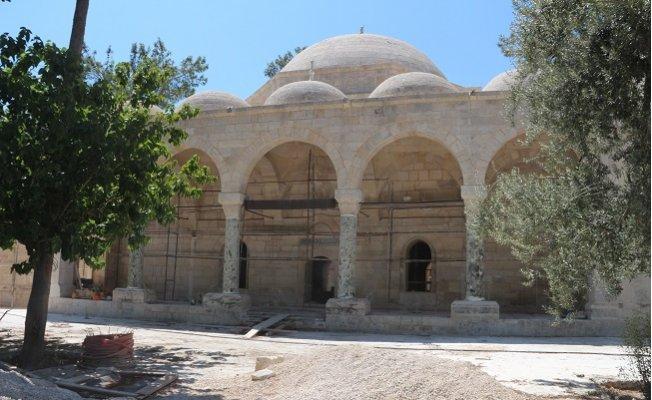 Laal Paşa Camii'nde Restorasyon Durdu