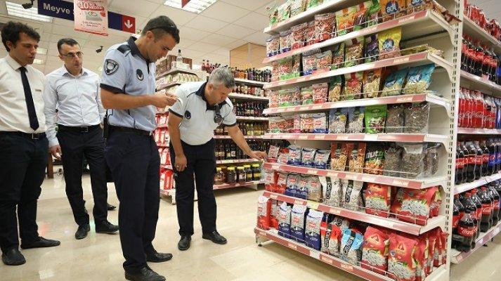 Mersin'de Zabıtadan Fiyat Etiketi Denetimi