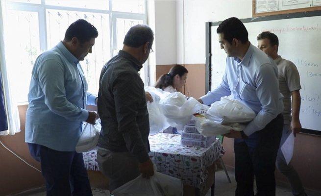 TOBB, MTSO İşbirliği ile 800 Öğrenciye Kırtasiye Yardımı Yapıldı