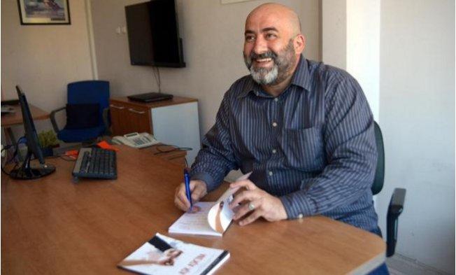 TRT Yayın Şefi Baha Akıner'in Kitabı Şiirseverler ile Buluştu