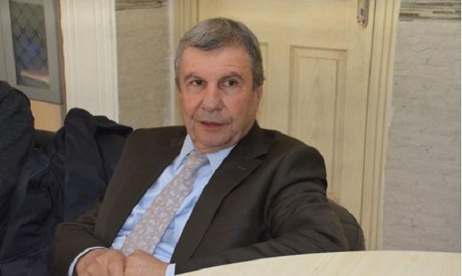 Burhanettin Kocamaz'a Teklif CHP'den Gitmedi Kendisi Talib Oldu.