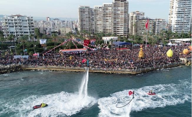 Mersin'de Narenciye Festivali İki Günde  Coşkuyla Geçti