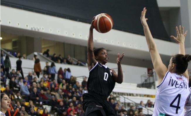 Çukurova Basketbol'un Bileği Bükülmüyor