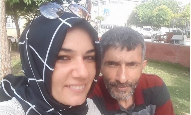 Karısını Çekiç ve Bıçakla Öldürdü