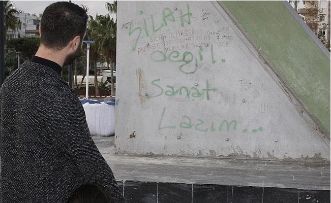 Mersin'de Sosyal Medyada Silah mı ? Sanat mı? Tartışması
