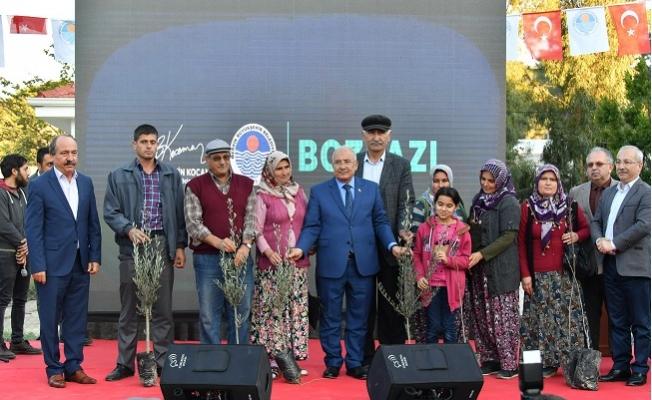 Mersin'de Üreticilere 30 Bin Fidan Dağıtıldı