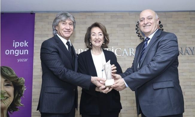 Mersin Kenti Edebiyat ödülü, İpek Ongun'un